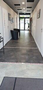 local commercial , neuf 101 m2 avec deux entrées et deux parkings, 8 pièces