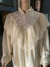 New listing Vtg Victorian Robe by Donna Richard Large Lace 1/2 zipper