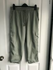 Khaki green cargo cropped trousers - size 10