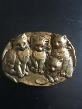 Vintage Brooch Pin Family Cats Kittens Sitting Group Brass Tone Metal Unique