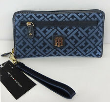 TOMMY HILFIGER Blue Monogram Jacquard Zip Around Wallet/Wristlet  Msrp $78.00