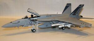 1/32 Trumpeter F/A-18E Super Hornet Built Model