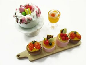 Dollhouse Miniature Food Tiny Cake On Ceramic Stand Cup Cake Bakery Set 15829