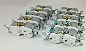 10 EACH Pass & Seymour  15-Amp 125-Volt White Outlet    ***5450**