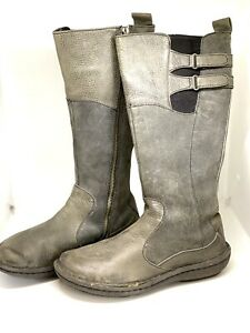 BORN💥NEW💥Grey Leather Boots Size 6