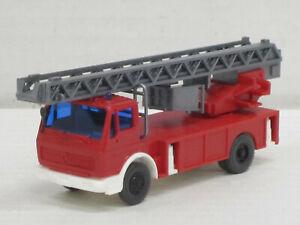 Mercedes-Benz DLK 23-12 Leiterwagen in rot, ohne OVP, Wiking, 1:87, Feuerwehr