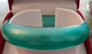 WIDE GREENCOLOUR PLASTIC BANGLE