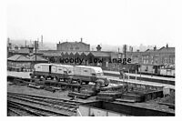 bb0770 - Burnley Railway Station , Lancashire in 1962 - photograph 6x4