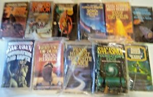 Lot (12) Science Fiction Vintage Isaac Asimov, Frank Herbert, Dickson Mass Marke