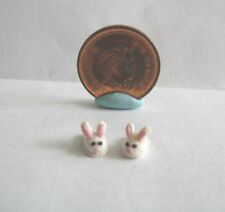 DOLLHOUSE MINIATURE PAIR OF WHITE BUNNY SLIPPERS 1:48 OR 1:24 SCALE