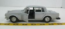 Burago Rolls Royce Silver Shadow II Die-Cast Car 1:24 Scale Collectible Toy 0134