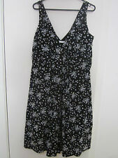 BEAUTIFUL BLACK AND WHITE COTTON DRESS BY TARGET SIZE 12