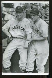 Vintage 1938 Lefty Grove Joe Cronin Original Wire Photo 5.5x8.5 Red Sox 74286