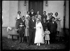 Groupe personnes mariage- ancien négatif photo verre an.1930