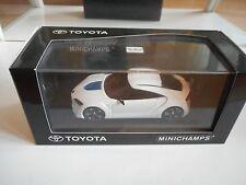 Minichamps Toyota FT-HS in White on 1:43 in Box