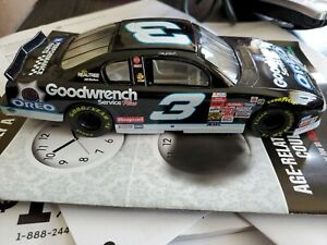 2001 Dale Earnhardt #3 GM Goodwrench Oreo Hot  Wheels 1/24 Diecast Monte Carlo