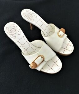 Chanel White Leather & Wooden Heel Slides/Mules sz. 38.5