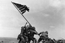 Incorniciato stampa-l'innalzamento della bandiera americana a DI IWO JIMA (FOTO GUERRA MONDIALE 2 WW2