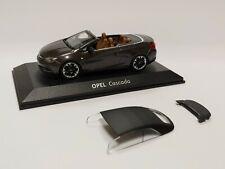 [NEU] Modellauto OPEL Cascada Cabrio mit Verdeck 1:43 Grey / Silbergrau OC10224