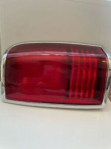 New 1990 - 1997 Lincoln Town Car Taillight Assy RH Right Aftermarket