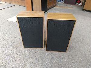 Unbranded  Hi-fi speakers with 2 pin din connectors  (22)