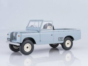 Scale model car 1:18 LAND ROVER 109 Pick Up Series II 4x4 1959 Grey
