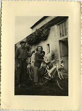 PHOTO ANCIENNE - VINTAGE SNAPSHOT - VÉLOMOTEUR MOBYLETTE SOLEX - MOTORCYCLE 2