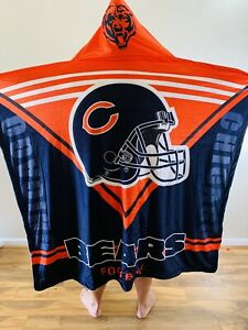 """NFL CHICAGO BEARS  50"""" x 60""""  Hooded Blanket New Without Tags"""