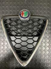 Griglia frontale originale Alfa-Romeo Giulietta acciaio satinato.