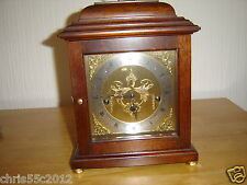 FRANZ HERMLE MANTEL CLOCK 340-020 MADE IN GERMANY CHIMES EVERY 15 MINUTES