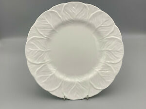 """Wedgwood Countryware - 10,3/4"""" Dinner Plate."""