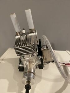 DLE-20 RA Rear Carb Gas Engine for RC Airplane w Electronic Ignition.