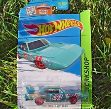 Metallic Teal '70 Plymouth Superbird Race Car. Hot Whells CFJ07. NEW in Pack!