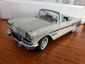 Franklin Mint Pontiac 1957 Bonneville Convertible 1:24 Scale DieCast  B11VB59