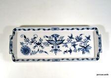 Meissener-Porzellangeschirr mit Platten-und Blumen-Motiv