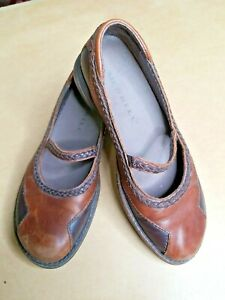 Merrell Tetra Sprite Women 6 Two Tone Brown Leather Mary Jane Slip On Shoes