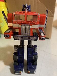 G1 Optimus Prime Cab Transformers 1984 Autobot VINTAGE For Parts or Repair AS IS