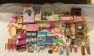 HUGE FISHER PRICE LOVING FAMILY FIGURES, FURNITURE & ACCESSORIES LOT