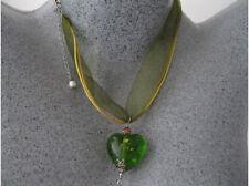 NEW GREEN HEART GLASS LAMPWORK RIBBON PENDANT NECKLACE