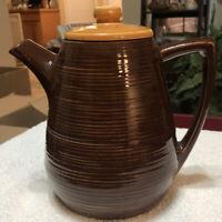 """Vintage MCM McCoy USA Pottery Suburbia Brown Coffee / Tea Pot Pitcher 7.5"""" Tall"""