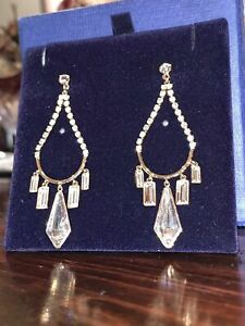 Beautiful Swarovski Chandelier Earrings Silver New With Box
