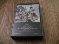 ELTON JOHN - REG STRIKES BACK - Cassette 1988
