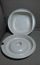 2 pc.TUPPERWARE ULTRA 21 2 C. Microwavable BOWL w/VENTED LID (1)