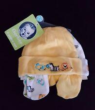 NWT GERBER NEWBORN Yellow White Hat Mittens 4 Piece Set Boy Girl Size 0-6 Mos