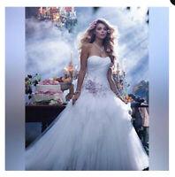 Alfred Angelo Disney's Sleeping Beauty wedding dress  18w