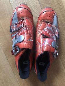 DIADORA UK Size 9 Uk 43 Euro MTB Cycling Shoes