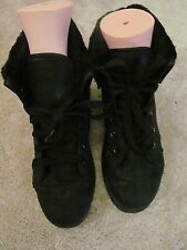 black high top furry lined lace up boots size 6