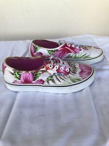 NEW - VANS Hawaiian Print Lace-up Shoes Size 6.5 womens