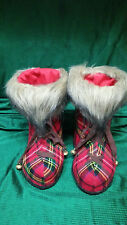 VINTAGE PAIR OF CHRISTMAS BOOTS CANDY CANE OR PLANT HOLDERS CHRISTMAS DECORATION