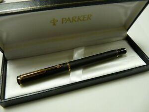 PARKER RIALTO MATT BLACK GOLD TRIM MEDIUM NIB FOUNTAIN PEN UK G205 J15
